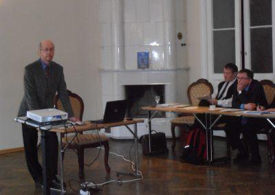 Tõnu Tender tutvustas võõrkeele riigieksami korraldamise põhimõtteid.