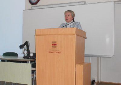 1. Õppedirektor Anu Piirimaa tervitussõnad konverentsil osalejatele.
