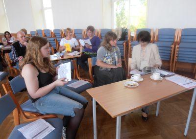 Constanze Merkert(vasakul) enne oma ettekannet