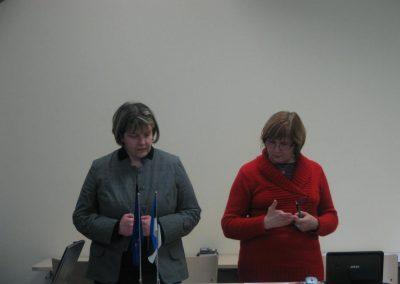 T. Kikerpill ja Ü. Türk tutvustamas eelsesivate koolituste sisu.